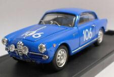 Coche de automodelismo y aeromodelismo Alfa Romeo de hierro fundido