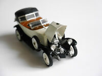 Renault 40 PS CV Sport 1923 in creme, Rio #53 in 1:43!
