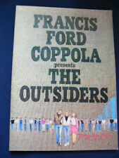 a303.1983 THE OUTSIDERS PG Thomas Howell Ralph Macchio Matt Dillon Diane Lane Le