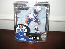 MCFARLANE NHL 30 RYAN SMYTH COLLECTOR LEVEL WHITE JERSEY #551/1000 OILERS
