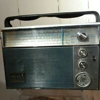 1967 ZENITH Royal 94 Inter-Oceanic FM AM Multiband Radio Working See Video