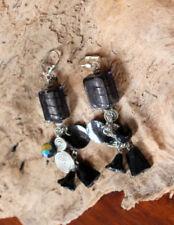 BOUCLES D'OREILLES création LONGUES pampilles NOIRES métal argenté PERLE charms