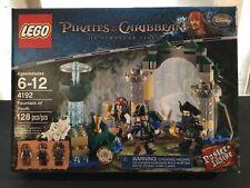 Lego Pirates of the Caribbean Fountain of Youth 4192 Blackbeard Barbossa Sparrow