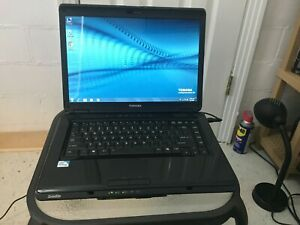 Toshiba Satellite L305-S5945 (Pentium Dual/160gb/2gb Ram/Win7/Office2007) Great