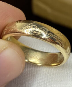 Rare, Lord of the Rings ~ Solid 9k Gold Elvish Band Ring ~ 7.6 grams ~ English!