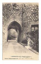 dourdan  portail du château