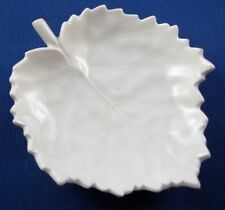 Small KPM Berlin Porcelain Leaf Shaped Dish Porzellan Blattschale German Germany