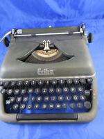 """Reise-Schreibmaschine Mechanik """"ERIKA"""" 50er Jahre"""