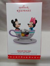 2016 Hallmark Keepsake Ornament Teacup For Two Mickey and Minnie Mouse B8