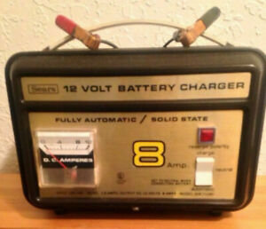 Sears 12V Auto Car Battery Charger 8 Amp Fully Automatic / Solid State 608.71280