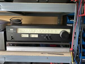 Sansui TU-217 Vintage Stereo FM-AM Tuner Separate