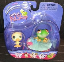Hasbro Littlest Pet Shop Pet Pairs Duckling and Frog - Very Rare and Collectible