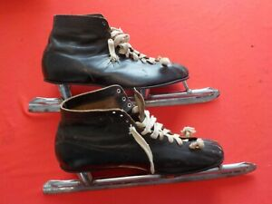 Vintage Ice Skates Size 12 Speed Hockey Nestor Johnson Mfg. Co. Chicago
