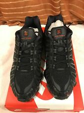 Nike shox TL boys / youth  trainers brand new in box UK size 6 triple black