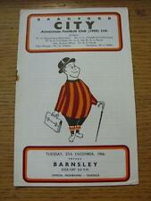 27/12/1966 Bradford City v Barnsley  (Rusty Staple/Mark). Item In very good cond