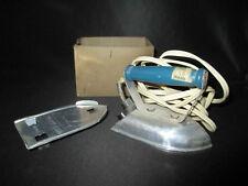 ancien fer à repasser miniature electrique jouet voyage milieu XX ème
