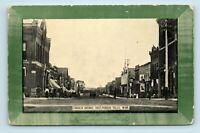 Fergus Falls, MN - SCARCE EARLY 1900s LINCOLN AVE EAST STREET SCENE - POSTCARD