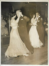 ASSOCIATED PRESS PHOTO + PARIS + 30 mai 1938 + Concours de danse + H.W. HEATH