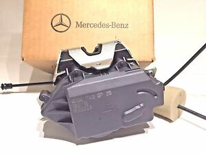 Mercedes-Benz GL ML R Class Genuine Tailgate Hatch Lock Mechanism GL450 ML350