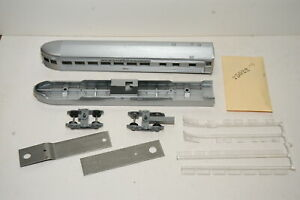 Athearn HO Scale Kit 1837 Streamlined Observation Car New York Central NYC 8011