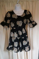 Chiffon Summer Dress Black floral Size 8 Nice detailing to back