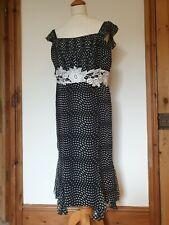 Maria coca Seda Negro y Blanco Fit & Flare Vestido Blanco Apliques de flores, talla 14