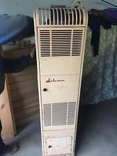 Vintage Coleman Oil Burning Heater For Trailer Coach Model 700B