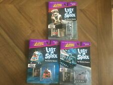 Lost in Space johnny lightning Lot  The Chariot Space Pod Robot B-9