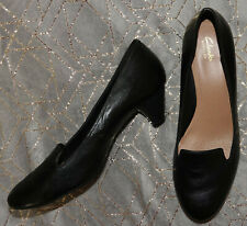 Clarks Artisan Black Leather Round Toe Kitten Heel Loafer Shoes - Size UK 9D