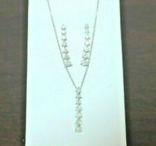 $1,800 Diamond earrings and pendant set 14K White Gold 1.75 cts 18 inch