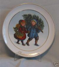 Avon Christmas Plate 1981 Share The Christmas Spirit