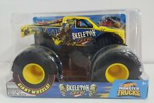 Hot Wheels Skeleton Crew 2018 Giant Wheels Monster Truck 1:24 Scale New Other