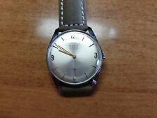 Sutit Geneve 17 jewels Incabloc Swiss Made gentlemen Vintage Watch work fine NOS