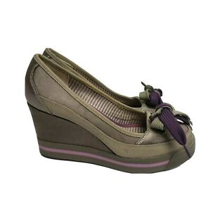Nanette Lepore for Keds shoes 6.5 taupe purple wedge heel sneakers bow detail