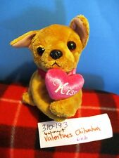 Wal-Mart Valentines Chihuahua beanbag plush (310-193)