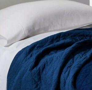 Pillowfort Full Queen Triangle Stitch Quilt Blue