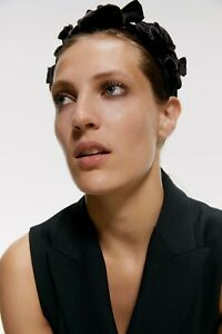 Zara Woman Velvet Flower Headband Black NWT