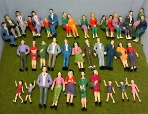 1:25 Scale Model Figures - Pack of 5, 10 or 20 - Architecture or G Gauge Railway
