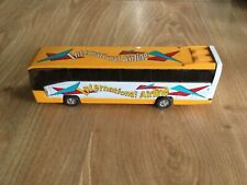 K-Line Kruisers Die-Cast Train Accessory - International Airline  Tour Bus50