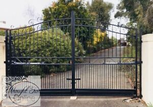 GALVANISED STEEL GATES FIT OPENING 4.1 to 4.2m   Black.  Can send