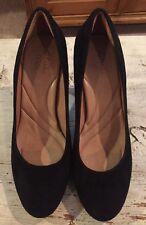 Indigo By Clarks Size 9 Black Suede Platform Comfort Platform Pump MINT