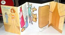 VINTAGE FASHION MODEL PAPER DOLL GREETING CARD W/ POP OUT RUNWAY