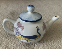 Williamsburg Chowning's Tavern Peacock Teapot / Other Top.