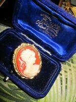 Wonderful vintage lucite cameo lady gold tone brooch