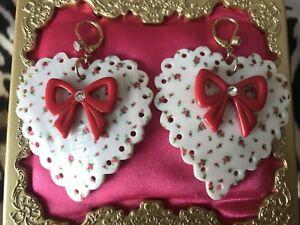 Betsey Johnson Vintage Rosebud Rose Bud Print Shell Heart Red Bow Earrings RARE