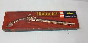 Vintage 1956 Revell Miquelet Arabian Lock pistol H-609:198 Actual Size 1:1 kit