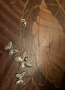 9ct  Rose and White Gold Butterfly Earrings & 450mm Chain Pendant Hmark 2 Grams