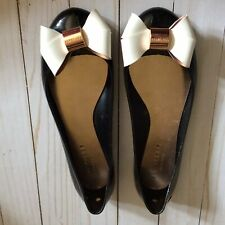Ted Baker London ballet flats size 39/8.5 black White Bow Preowned (K8)
