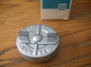 NOS GM Vented Gas Fuel Tank Cap Embossed 3843698 64-70 Chevelle 69 70 Camaro