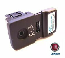 Genuine Fiat 500 Panda Punto Doblo Blue and Me USB Media Player AUX Socket